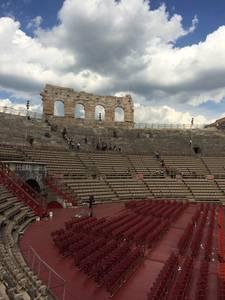 Local de grande shows, concertos e óperas